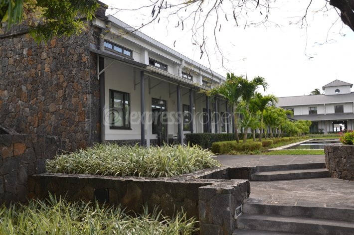 Offices & Commercial Spaces - 81 m² - Image 6